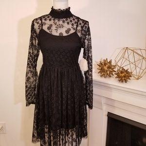 ⚡NWT⚡ Altar'd State Black Lace Longsleeve Dress